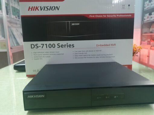 Đầu ghi 8 kênh IP HIKVISION DS-7108NI